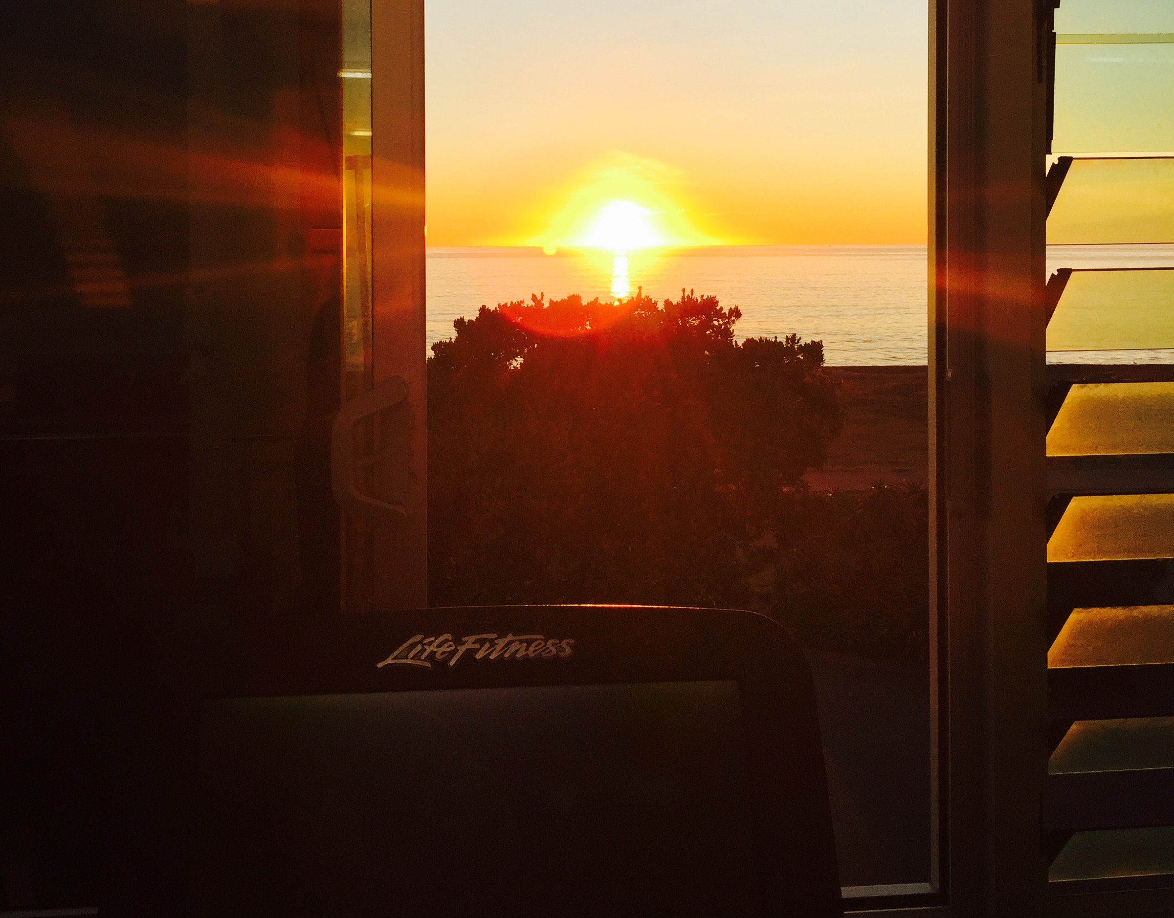 gym sunrise